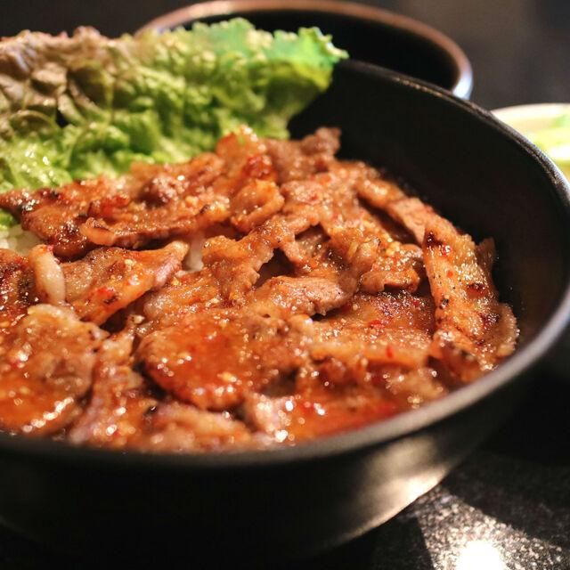 焼肉丼 十番 三ノ宮店(じゅうばん) - 三宮(神戸新交通)(丼もの(その他))の写真(食べログが提供するog:image)