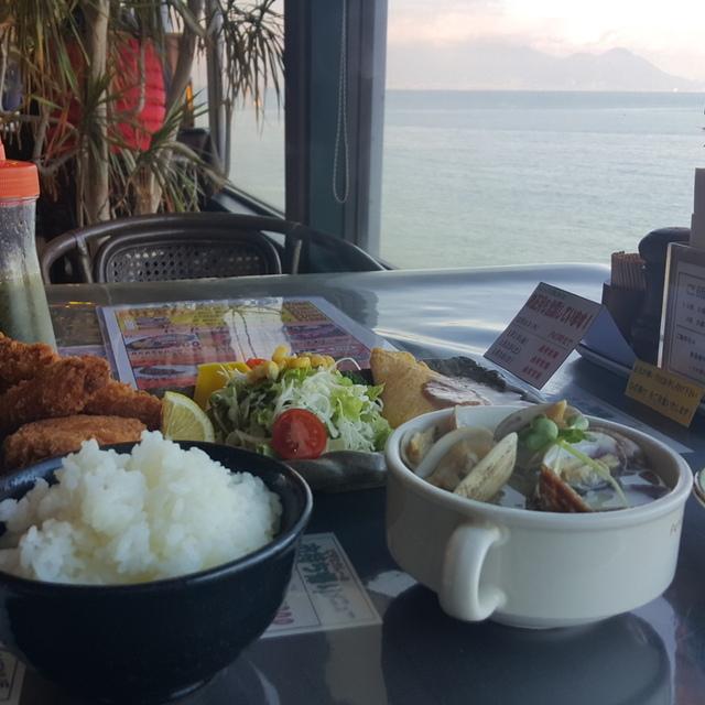 AKASE海岸(アカセカイガン) - 赤瀬(洋食)の写真(食べログが提供するog:image)