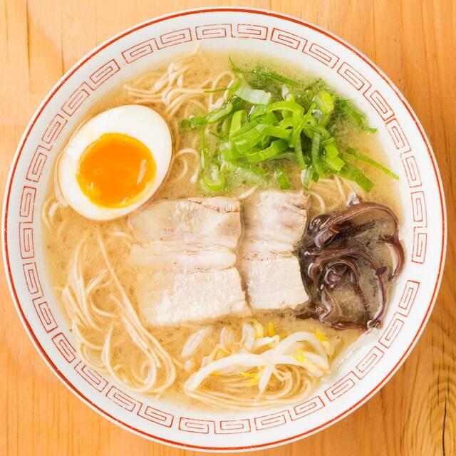80874732 - 鳥取県のご当地ラーメン鳥取牛骨ラーメン。 牛骨でダシをとったラーメン!!
