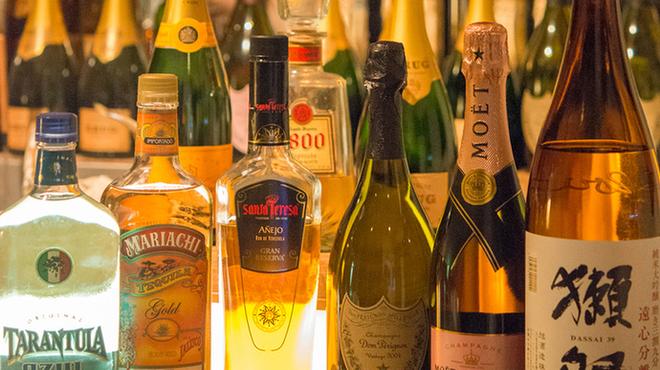 10th story - ドリンク写真:他アルコール類多数揃えてます。
