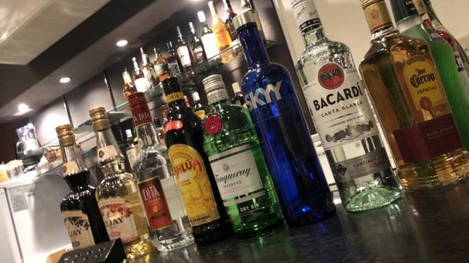 Cafe and Bar Bancone - メイン写真: