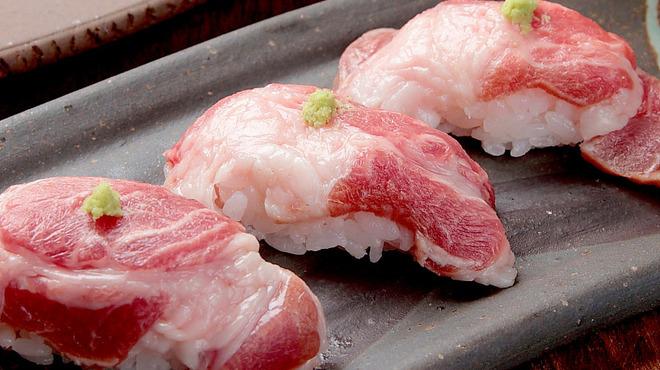 ともじろう - 料理写真:イベリコ豚お寿司