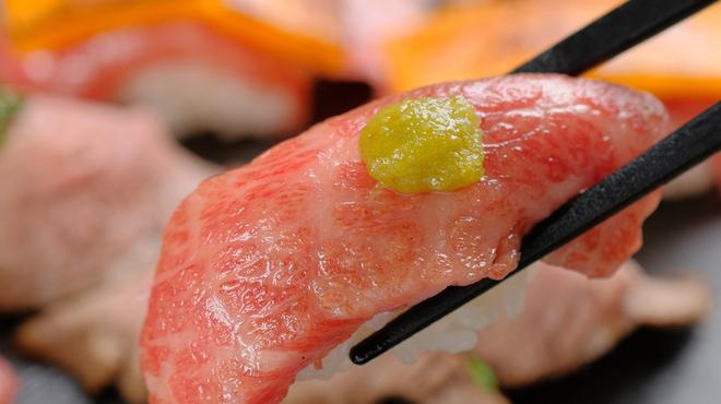 全席個室 × 肉寿司食べ放題 はるか - メイン写真: