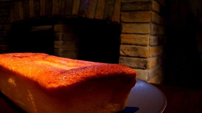 ラムカーナ - 内観写真:スフレチーズケーキ@暖炉