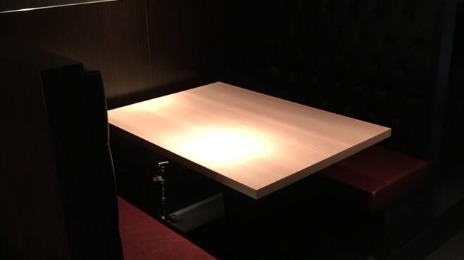 鉄板焼 六 - 料理写真:店内写真