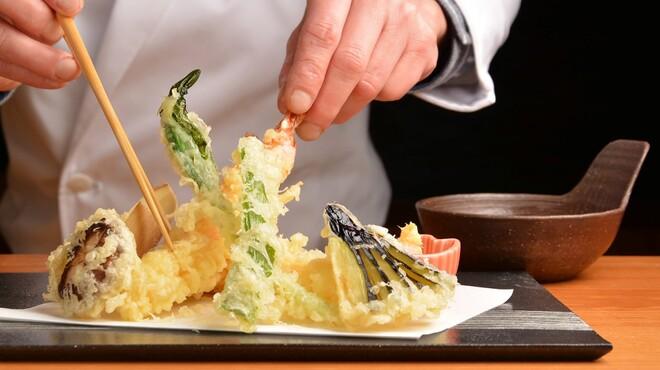 マルホ寿司 - メイン写真: