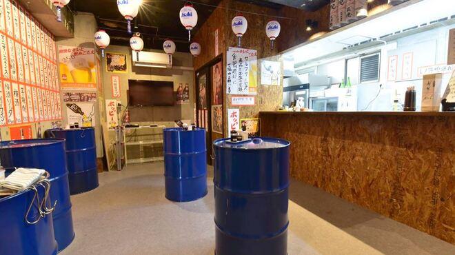 立ち飲み居酒屋 ドラム缶 - メイン写真:
