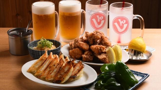 肉汁餃子と190円レモンサワー しんちゃん - メイン写真:
