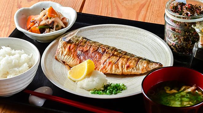 梅山鉄平食堂 - メイン写真:焼き魚定食