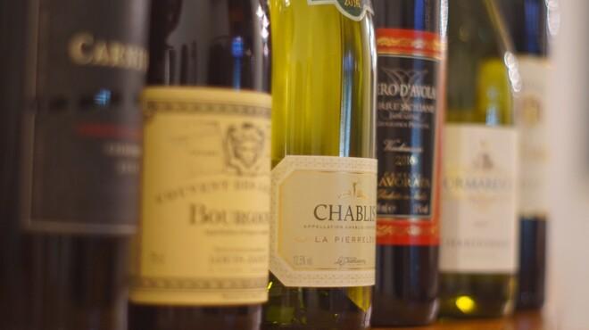 ミノラス食堂 - ドリンク写真:ワイン各種