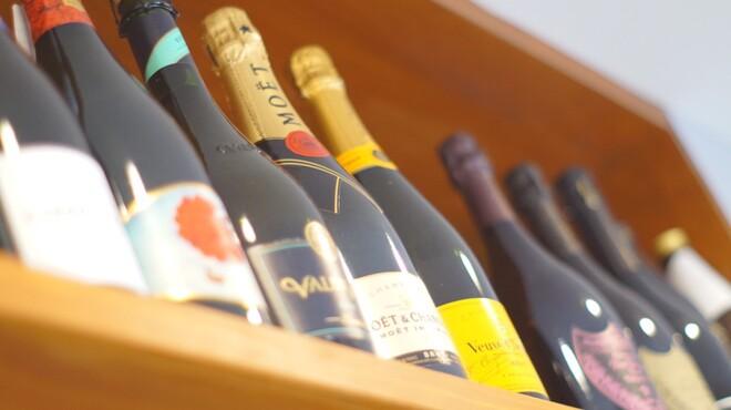 ミノラス食堂 - ドリンク写真:シャンパン各種