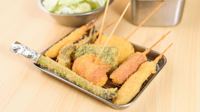 松阪味噌焼 ホルモン酒場 - メイン写真:くしかつ