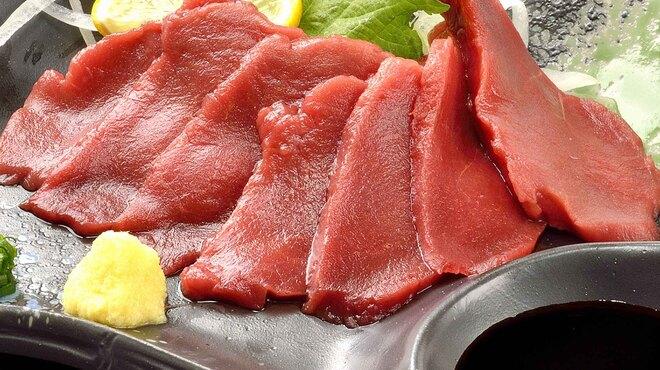 焼肉や とんちゃん亭 - 料理写真:馬刺し