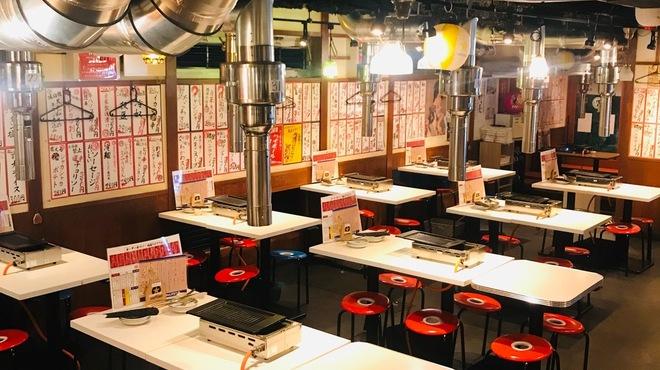 遊園肉流通センター - 内観写真:50名様から貸し切りも可能です