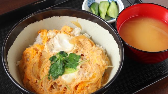 ミノラス食堂 - 料理写真:たまご丼