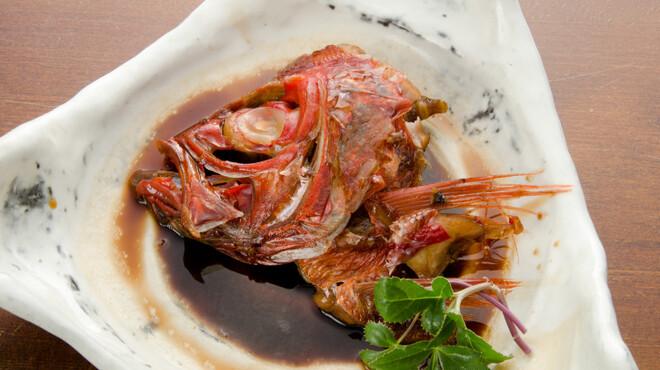 定谷 - 料理写真:鯛のお頭煮