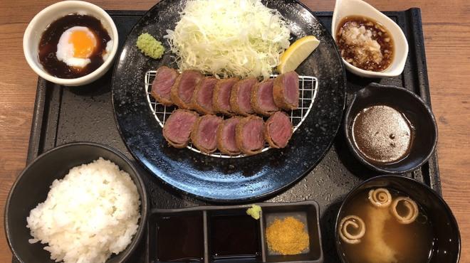 牛とろ庵 - メイン写真: