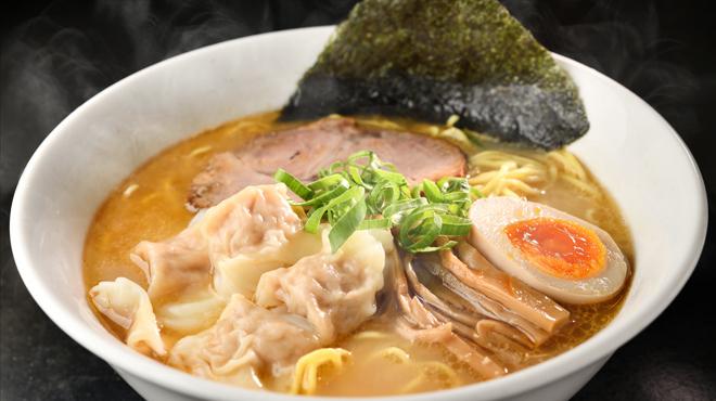 天空 - メイン写真:生姜ワンタン麺
