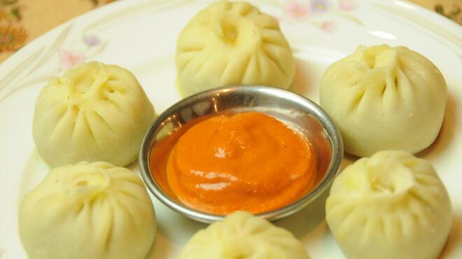 デウラリバッティ - 料理写真:モモ(ネパールの蒸し餃子)