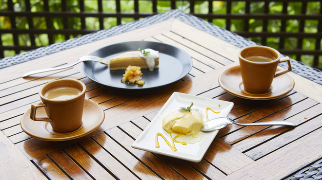 カフェ&ピッツァレストラン スターダストガーデン - メイン写真: