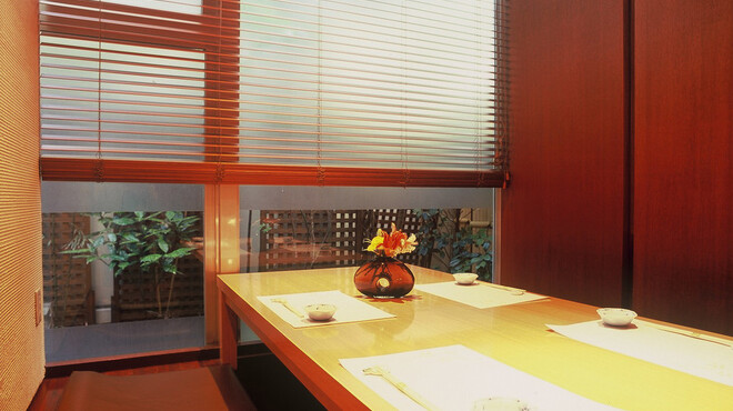 菅乃屋 - 内観写真:半個室