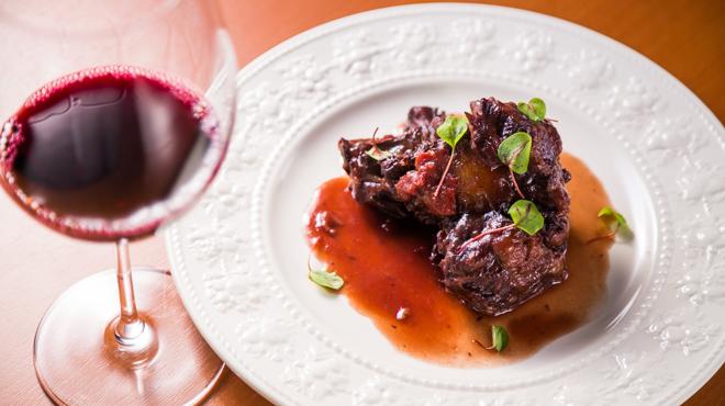 金蔦 - メイン写真:牛テールの赤ワイン煮