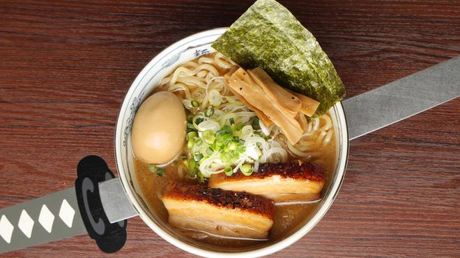 麺屋武蔵 神山 - メイン写真: