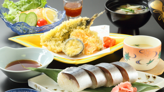 鯖と創作料理の店 廣半 - メイン写真: