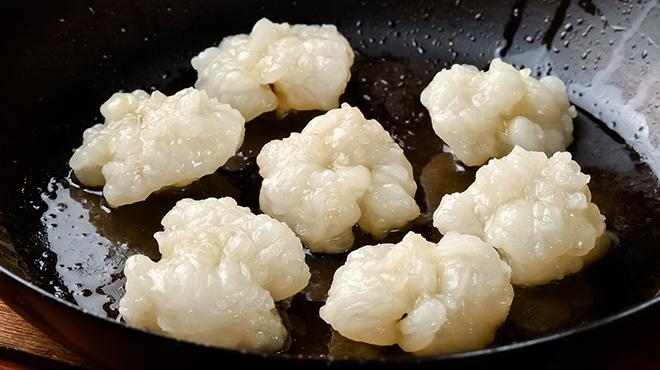 煮こみ - メイン写真:ホルモン焼