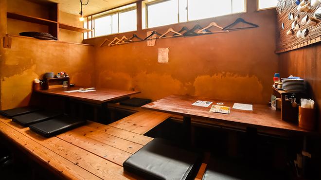 煮こみ - メイン写真:座敷