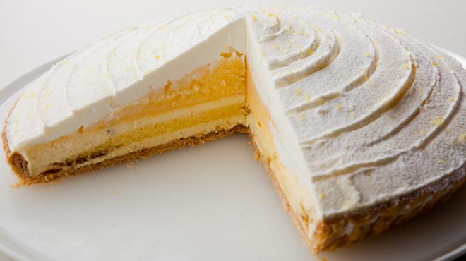 カフェ青山 - メイン写真:ケーキ2
