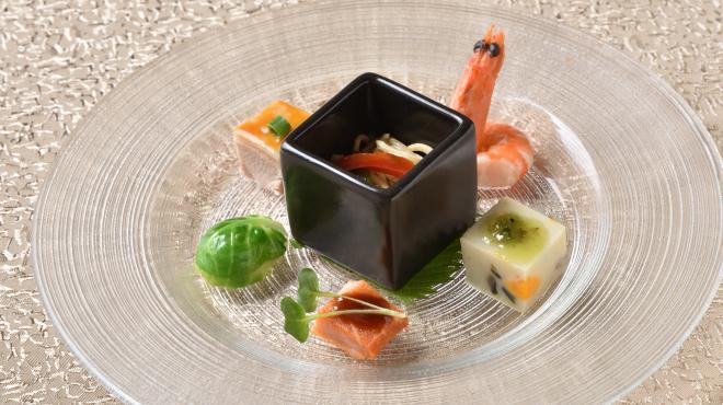 中国郷土料理 錦里 - 料理写真:前菜