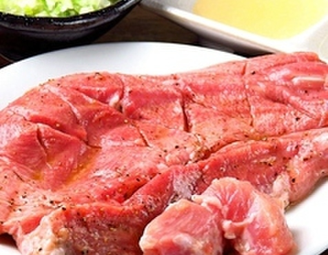 焼肉TABLEさんたま - 料理写真:名物  なまタンステーキ