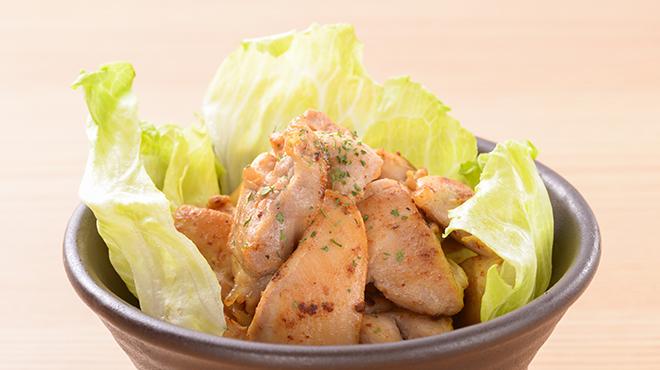 日本橋うどん酒場ほし野 - メイン写真:鶏もも肉のレモン炒め
