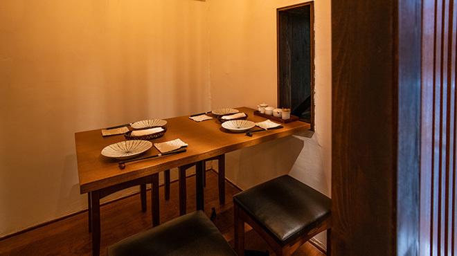 ももふく - メイン写真:一階テーブル
