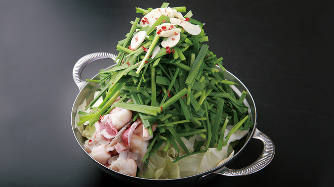 もつ鍋 慶州 - 料理写真:博多もつ鍋 しょうゆ味