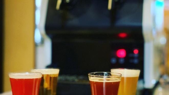 一瞬 - ドリンク写真:クラフトビールのみ比べセット