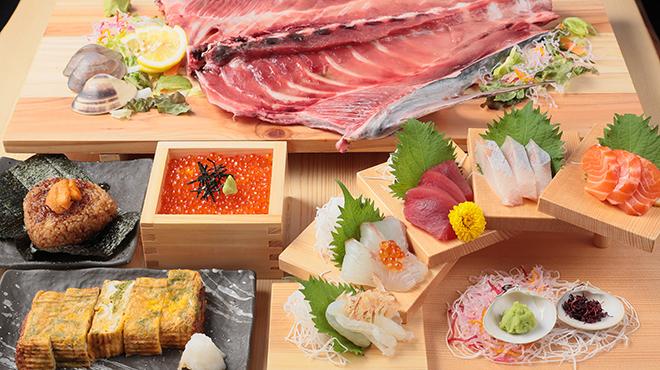 三重の海鮮市場 豊和丸 - メイン写真: