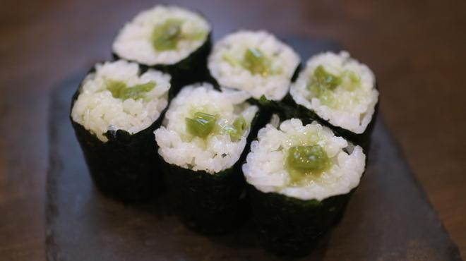 すしいち 大阪駅前第4ビル店 - 東梅田(立ち食い寿司)の写真2