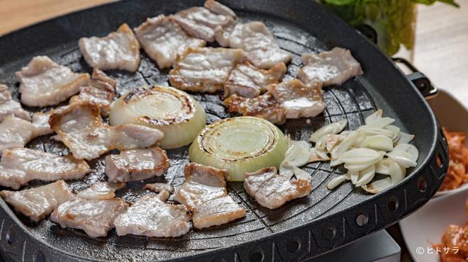 キッチン マリサコ - 料理写真:旨い&ボリューミー! 『山西牧場使用 サムギョプサル』