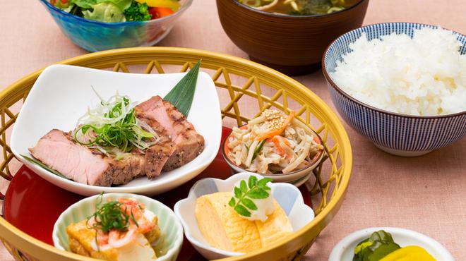 大阪あわざ大食堂 - メイン写真: