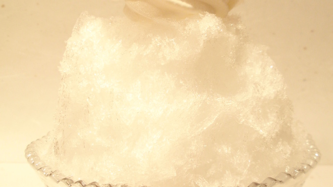菊丸 - 料理写真:氷あずきソフト   ¥770