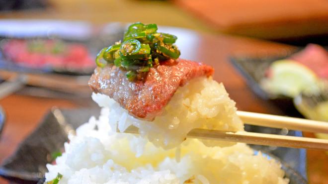 肉の寅屋 - メイン写真: