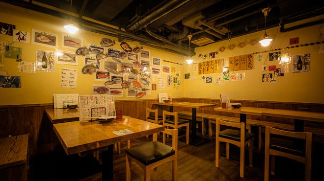 日本酒と海鮮 角打ち屋 新橋 - メイン写真: