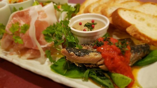 Buono! - 料理写真:日替わりの前菜盛り合わせ