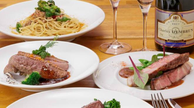 シャンパン食堂のフレンチバル ル・コントワール・ド・シャンパン食堂 - メイン写真: