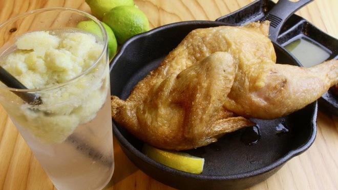 鶏半身素揚げ 和バル あがれ - 料理写真: