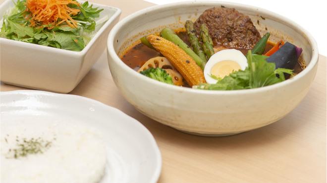 Neco - 料理写真:サラダセット(季節によりサラダの内容が変わります。)
