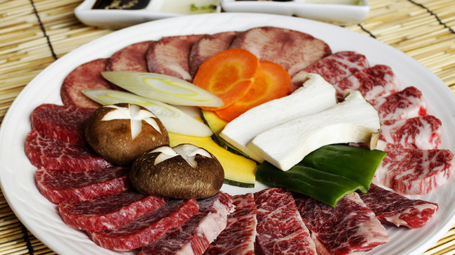 炭火焼肉&韓国家庭料理 故郷 - メイン写真: