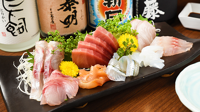 魚屋 魚八 - メイン写真: